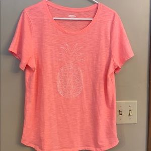 Old Navy Sz Lg coral w/ pineapple t shirt